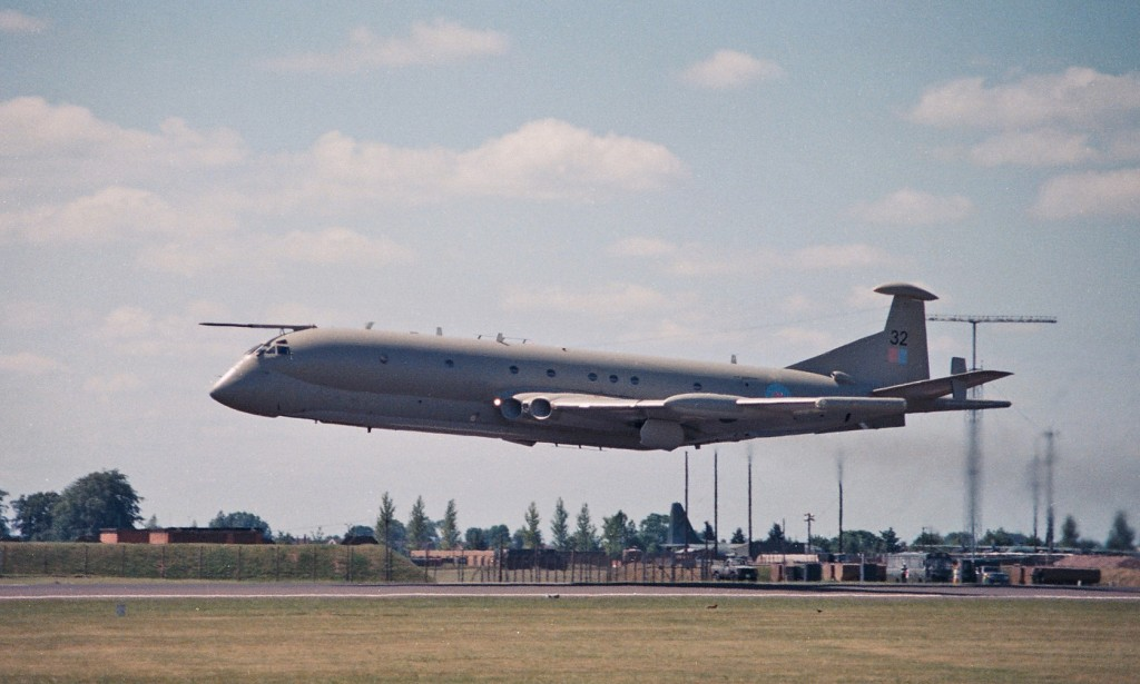 Alconbury in 1990 of Nimrod 32